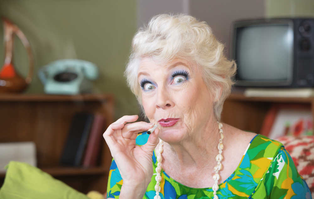 Almost 100 Percent of Seniors Benefit From Medical Marijuana