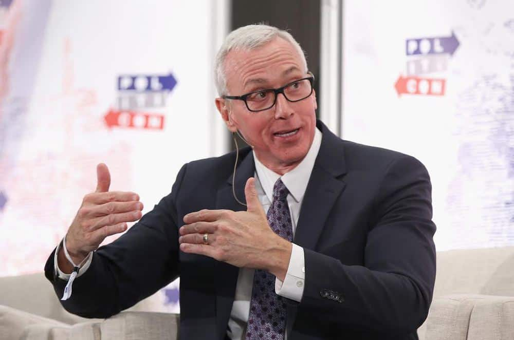 Pundits and Personalities Discuss the Depths of the Opioid Epidemic at Politicon