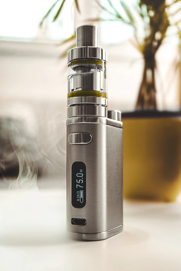 Device for vaping THC and CBD