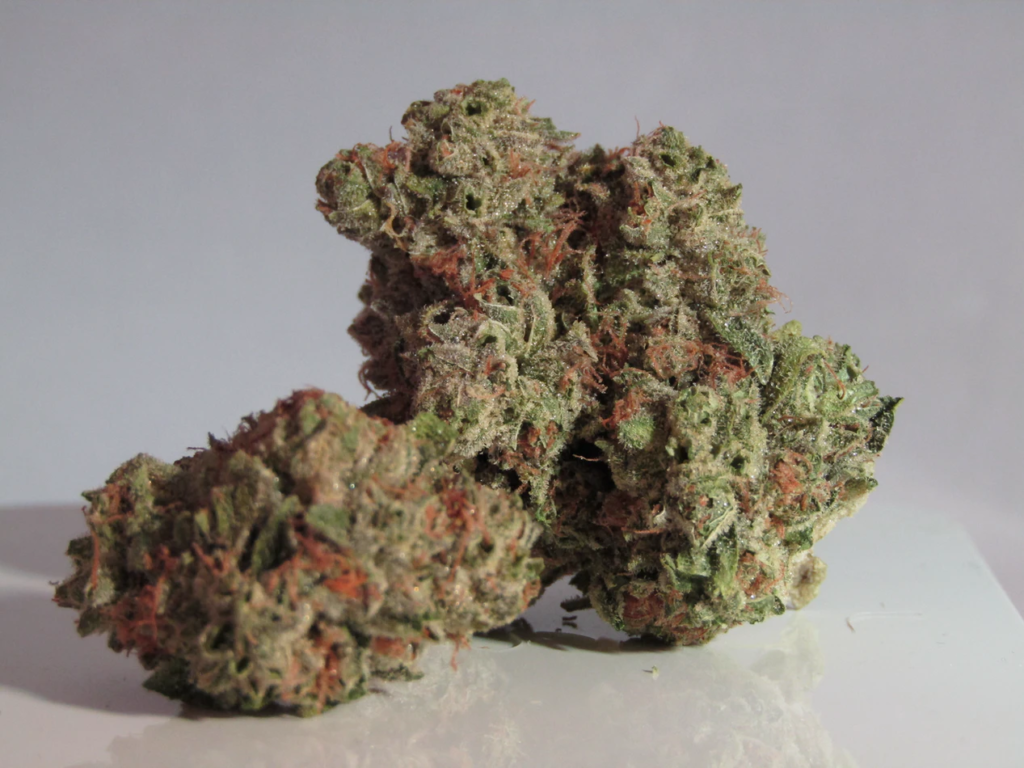 nuggets of weed to use for a glass of cannamilk